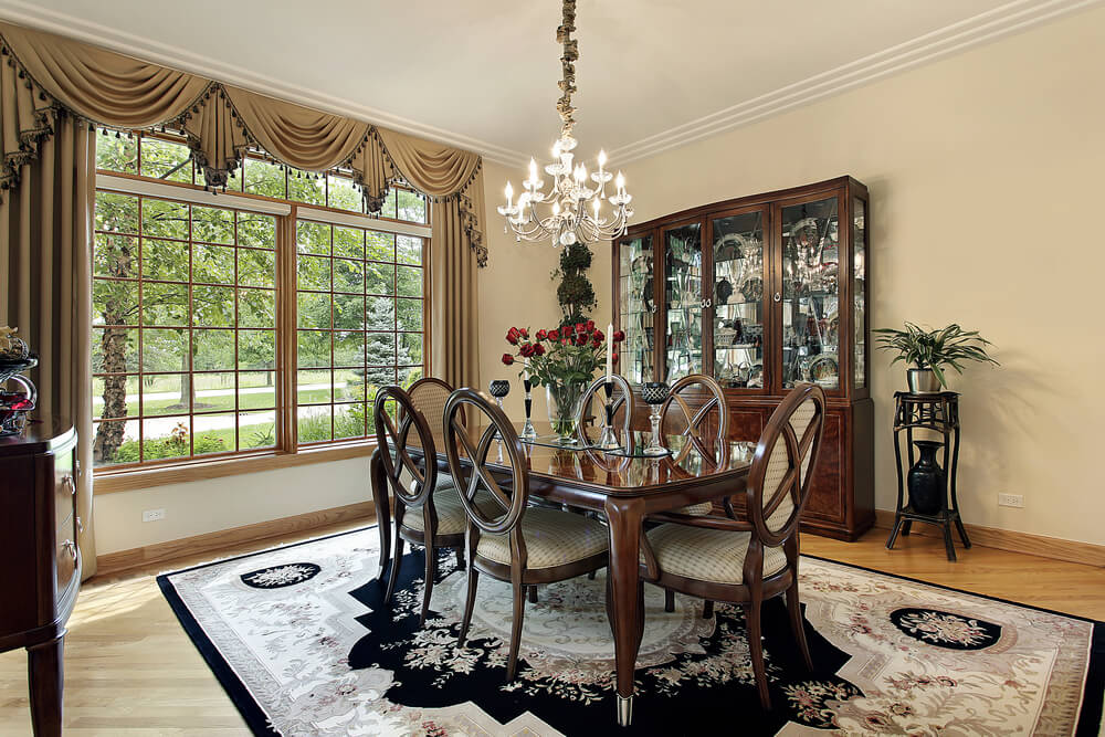 Shutterstock 62945728 This Classy Dining Room