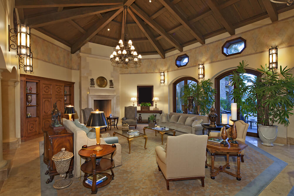 42 living rooms with exposed ceiling beams love home designs for Great room home designs
