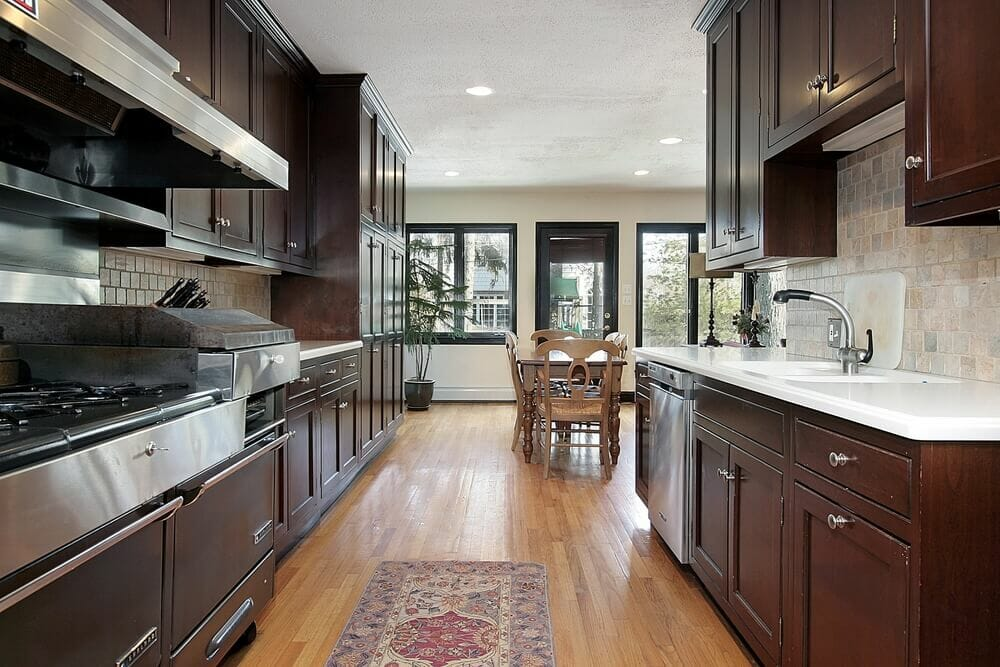 46 kitchens with dark cabinets black kitchen pictures for Floors to match cherry cabinets