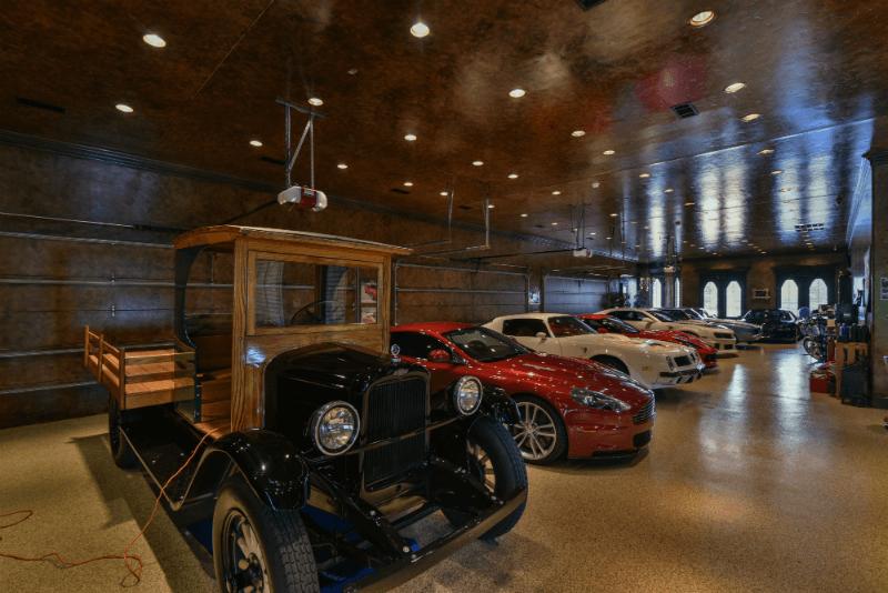 12 Car Garage the castle house (amazing photos)