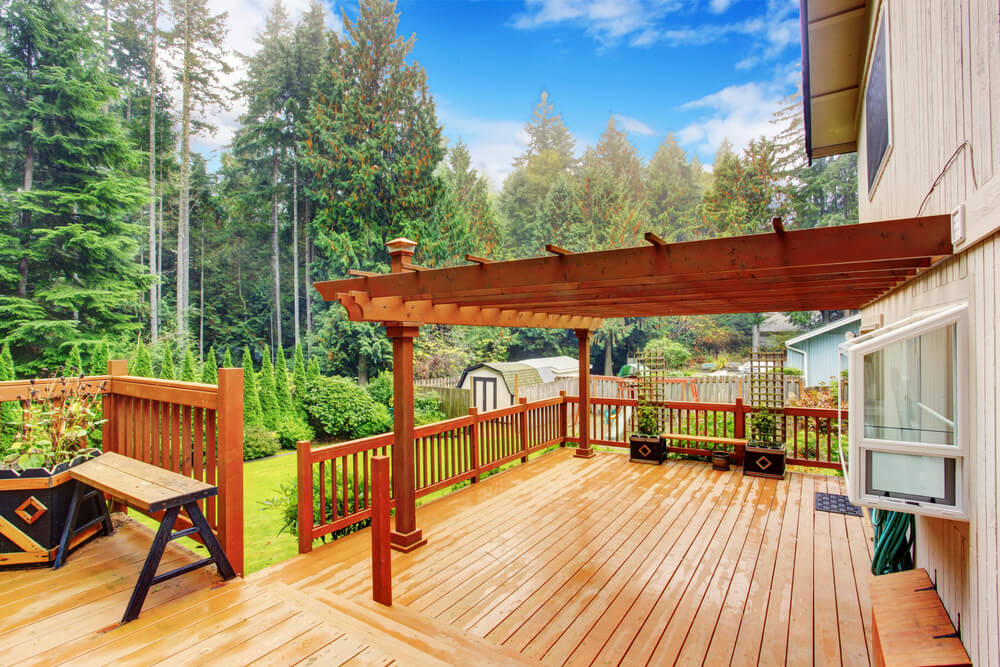 Ideas for building a deck designs and plans love home for Sundecks designs