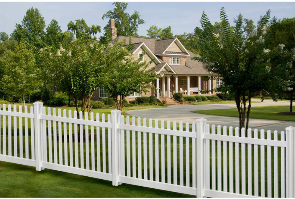 picket fences2 - Fence Design Ideas