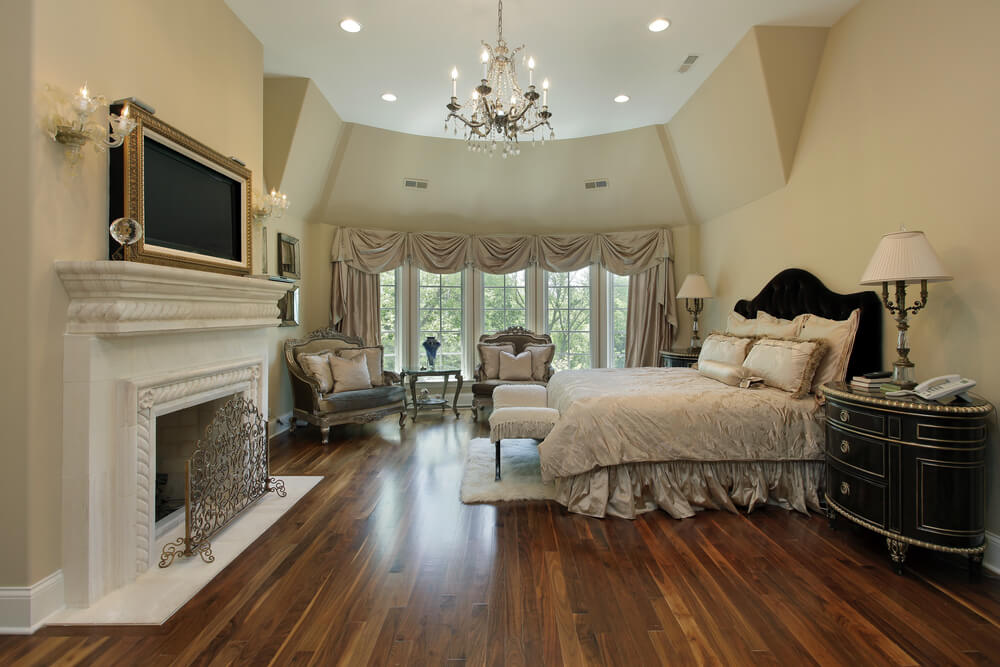 32 bedroom flooring ideas wood floors for Hardwood floors in bedrooms