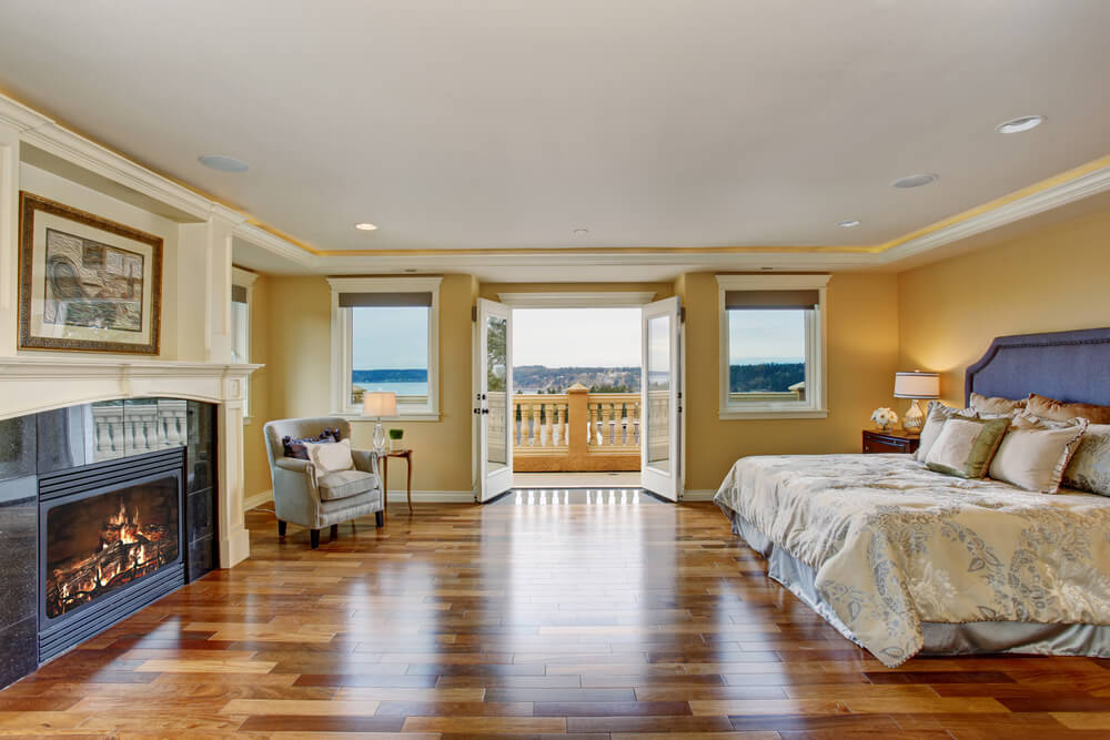 32 bedroom flooring ideas wood floors for Bedroom carpet ideas