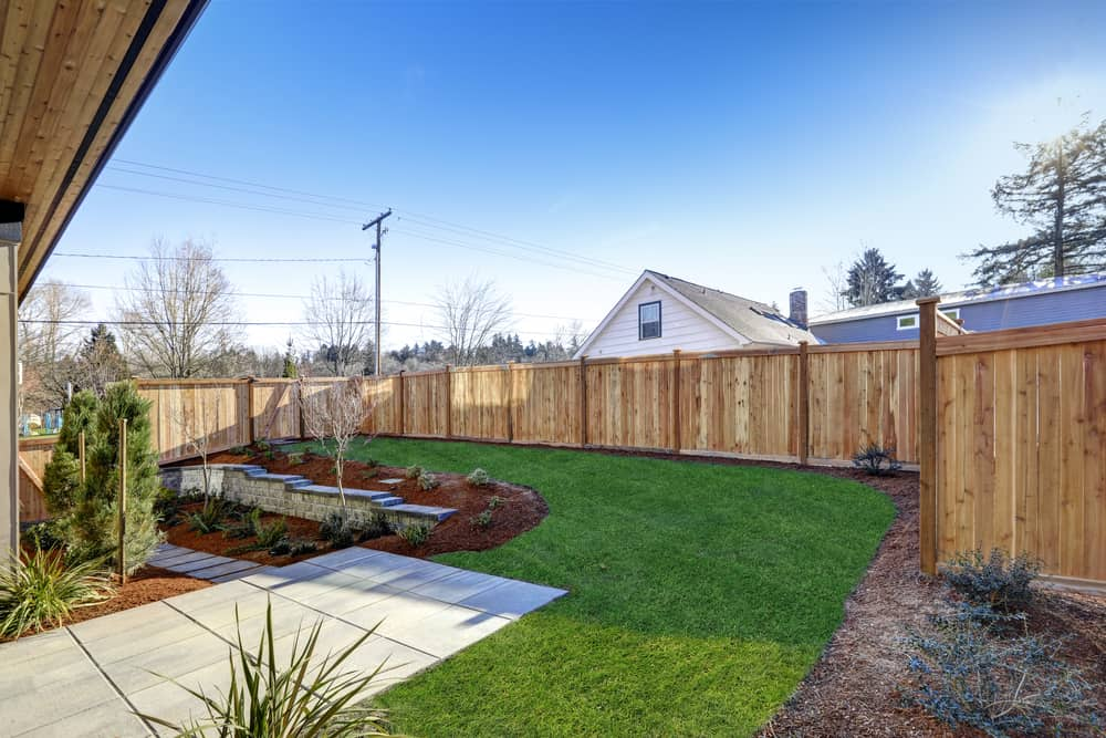 Putting Up A Fence In Your Backyard Can Be A Great Way To Keep Your Pets  And Your Children A Whole Lot Safer. You Donu0027t Have To Worry About Them  Wandering ...