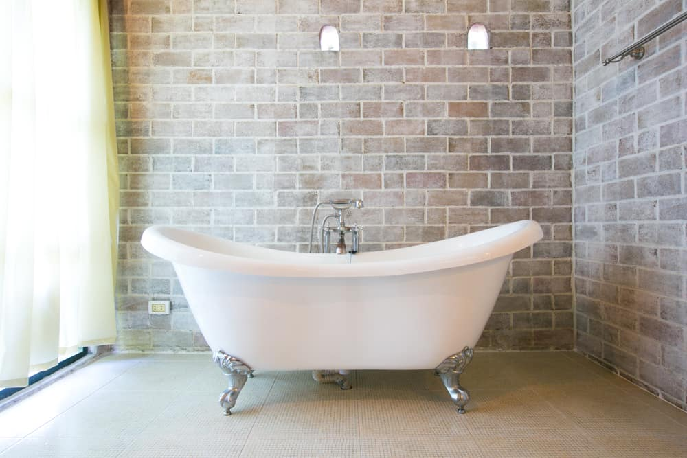 Bathtub dimensions and what they mean for your bathroom for Bathroom tub dimensions