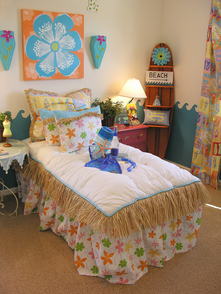 15 beach themed bedroom options for your home - Beach themed bedroom for teenager ...